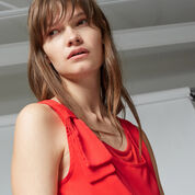 Warehouse, BOW DETAIL WOVEN FRONT TOP Bright Red 4