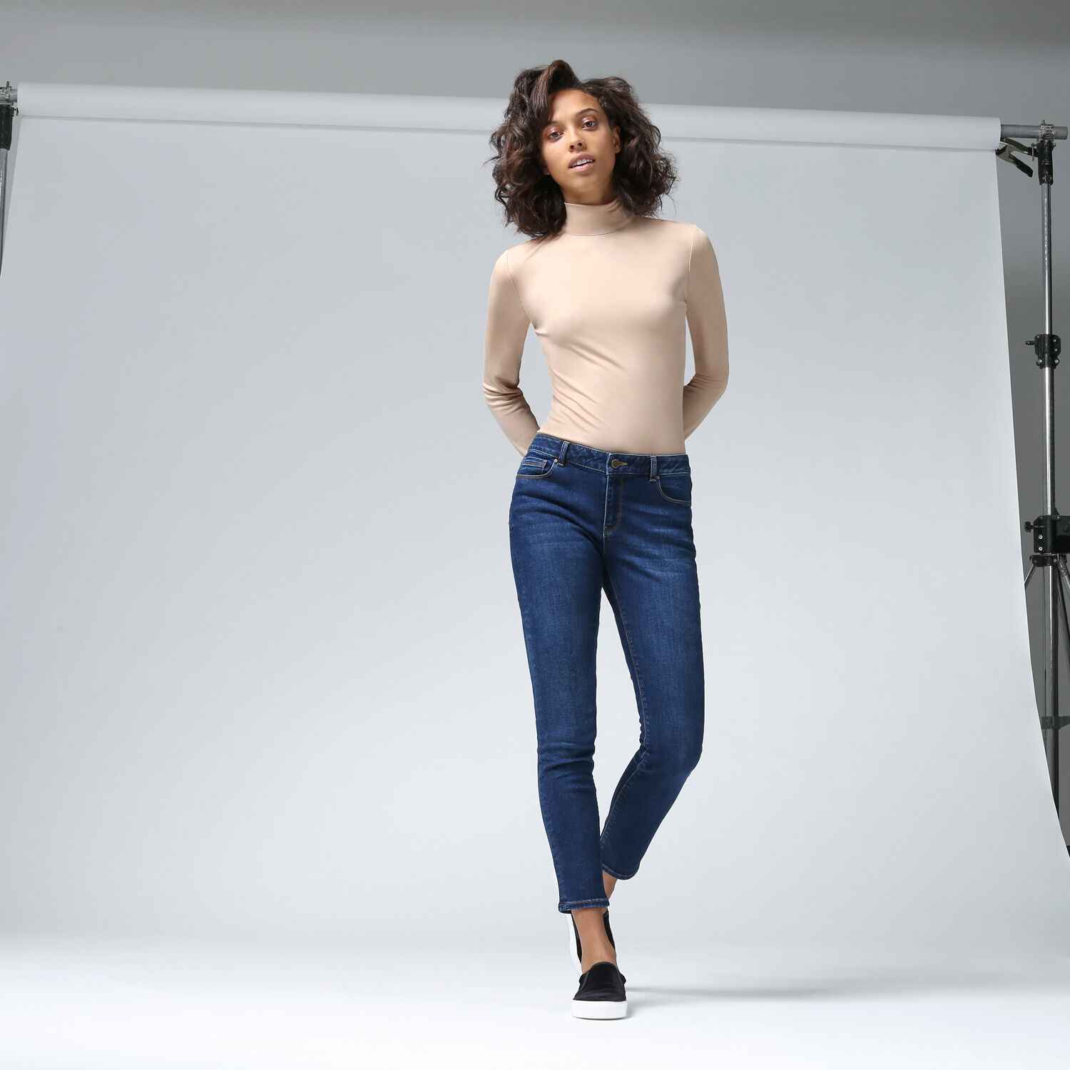 Warehouse, The Relaxed Skinny Cut Mid Wash Denim 1