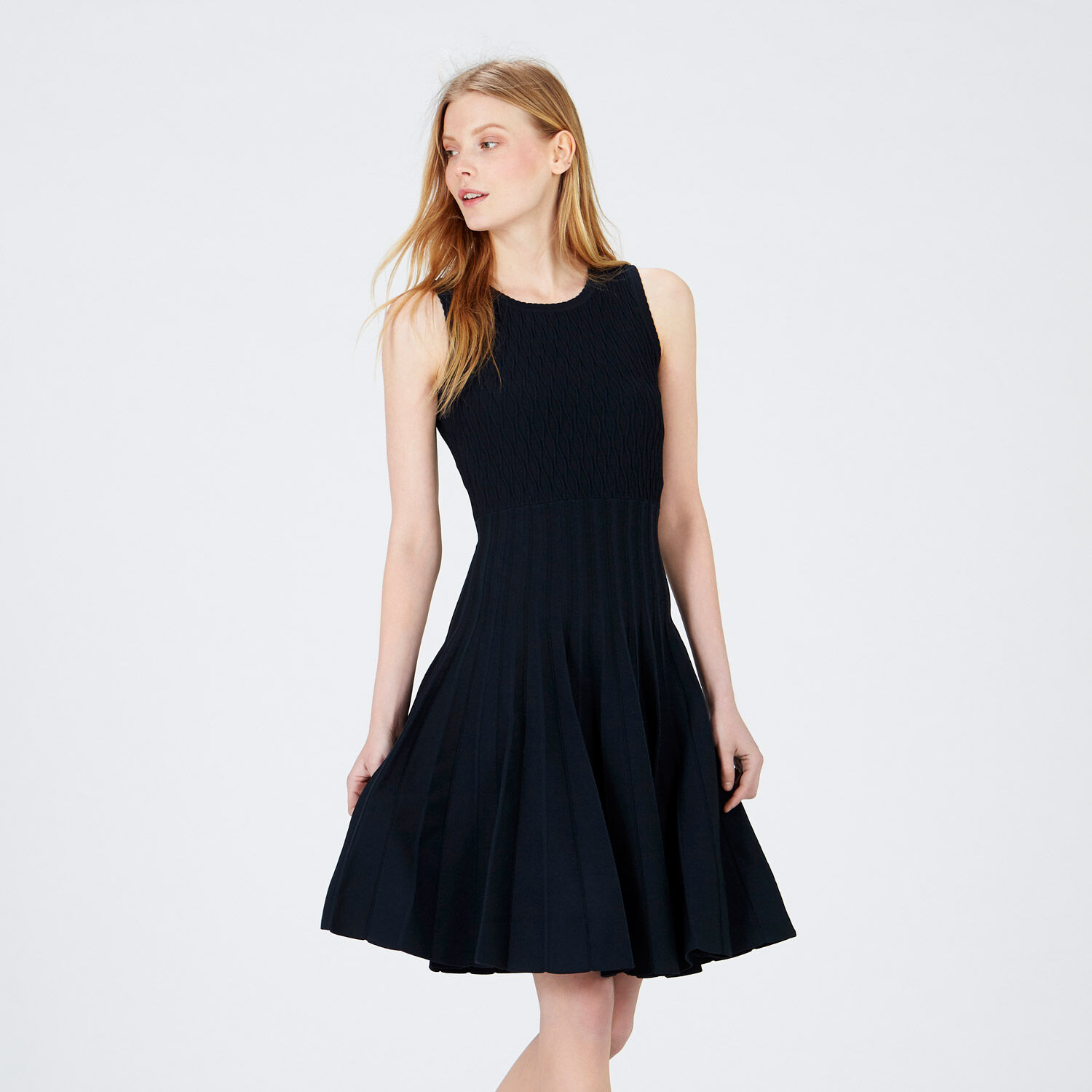 Warehouse, KNITTED PLEATED DRESS Navy 1