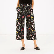 Warehouse, Scatter Floral Culotte Black Pattern 1
