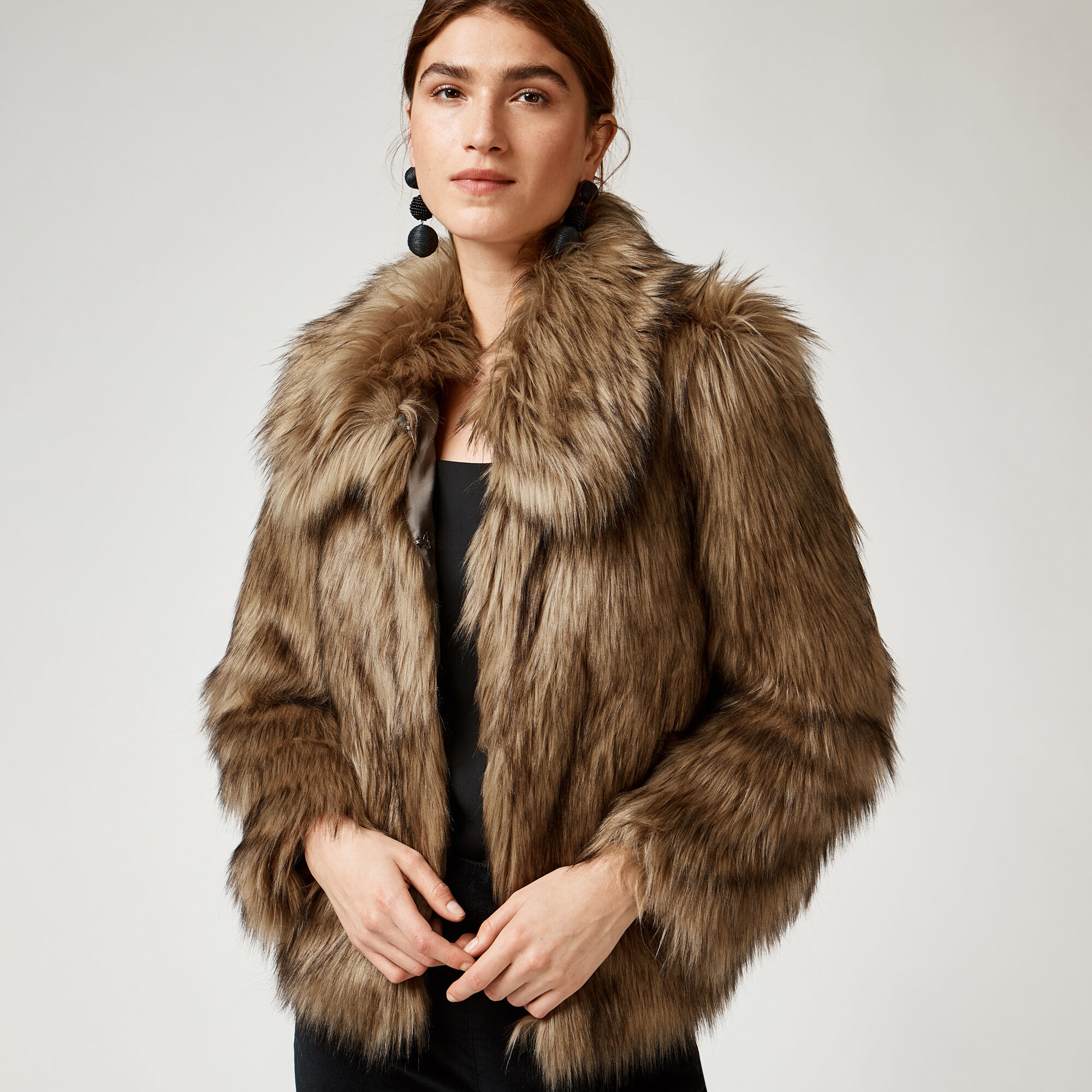 Warehouse, SHORT FAUX FUR COAT Brown 1