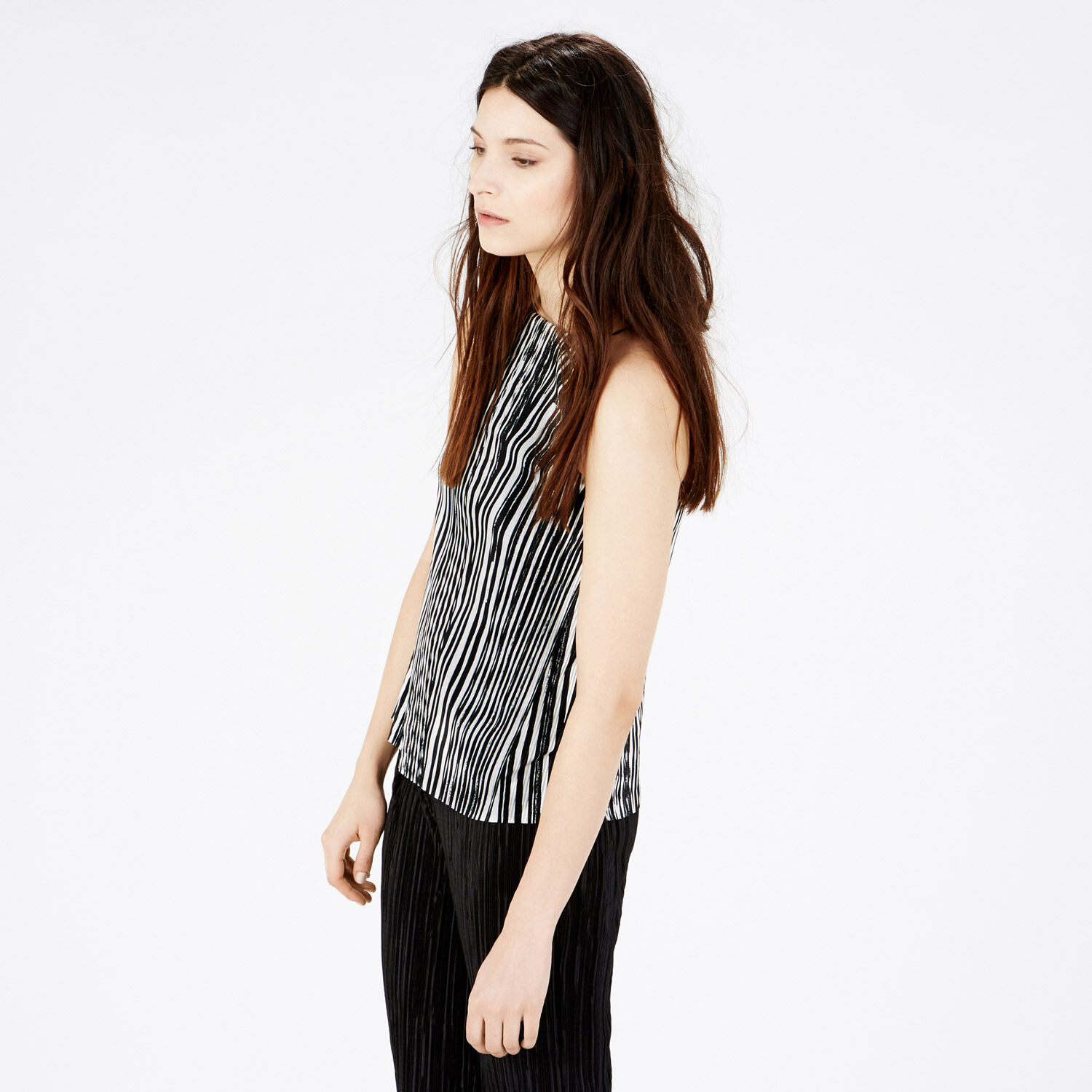 Warehouse, GEO PLISSE SQUARE NECK CAMI Black Stripe 1