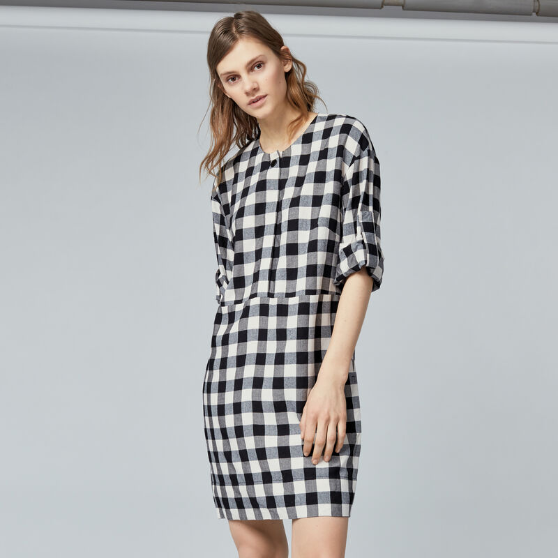 Warehouse, GINGHAM POPPER DRESS Black Pattern 1