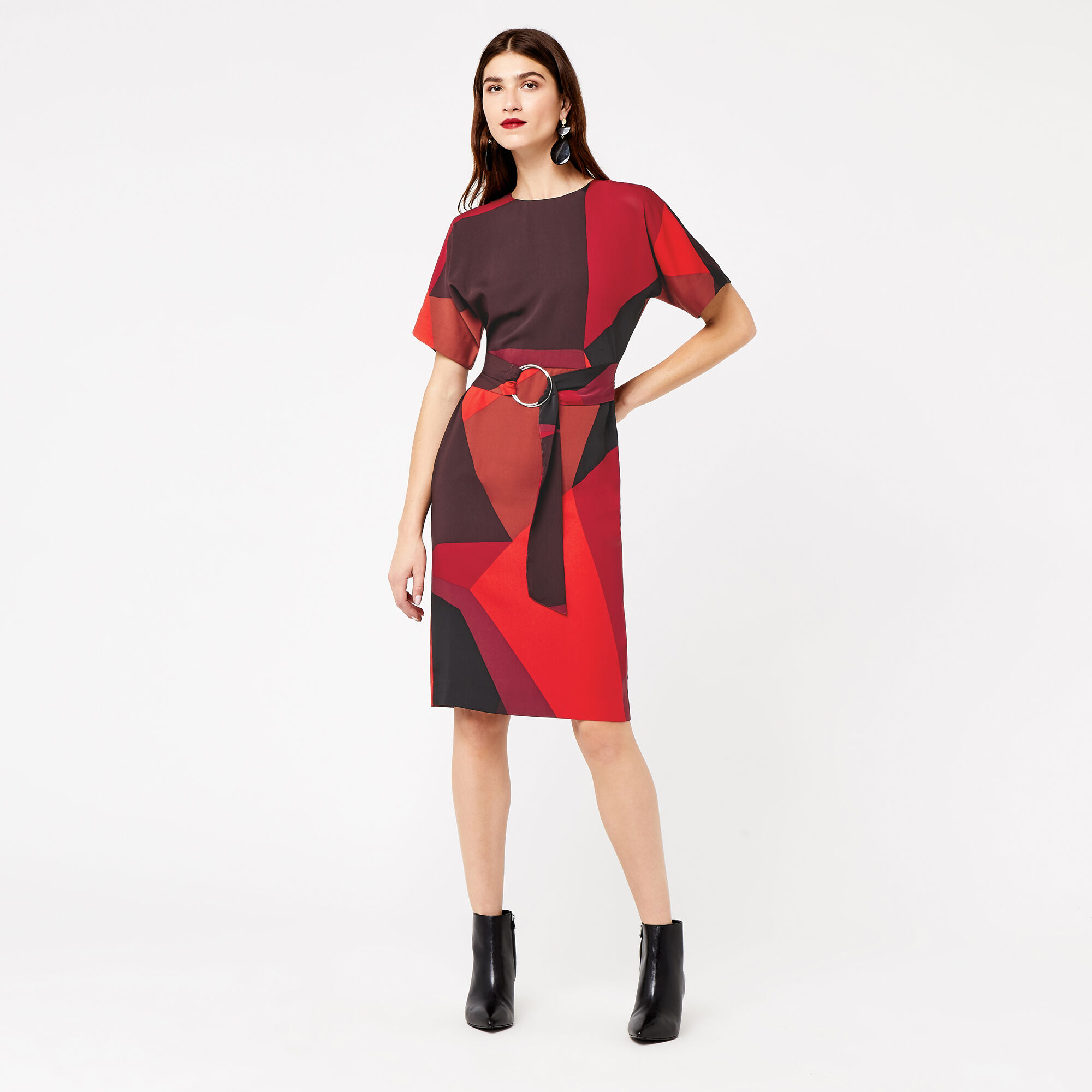 Warehouse, GEO PRINT WIGGLE DRESS Red Pattern 1