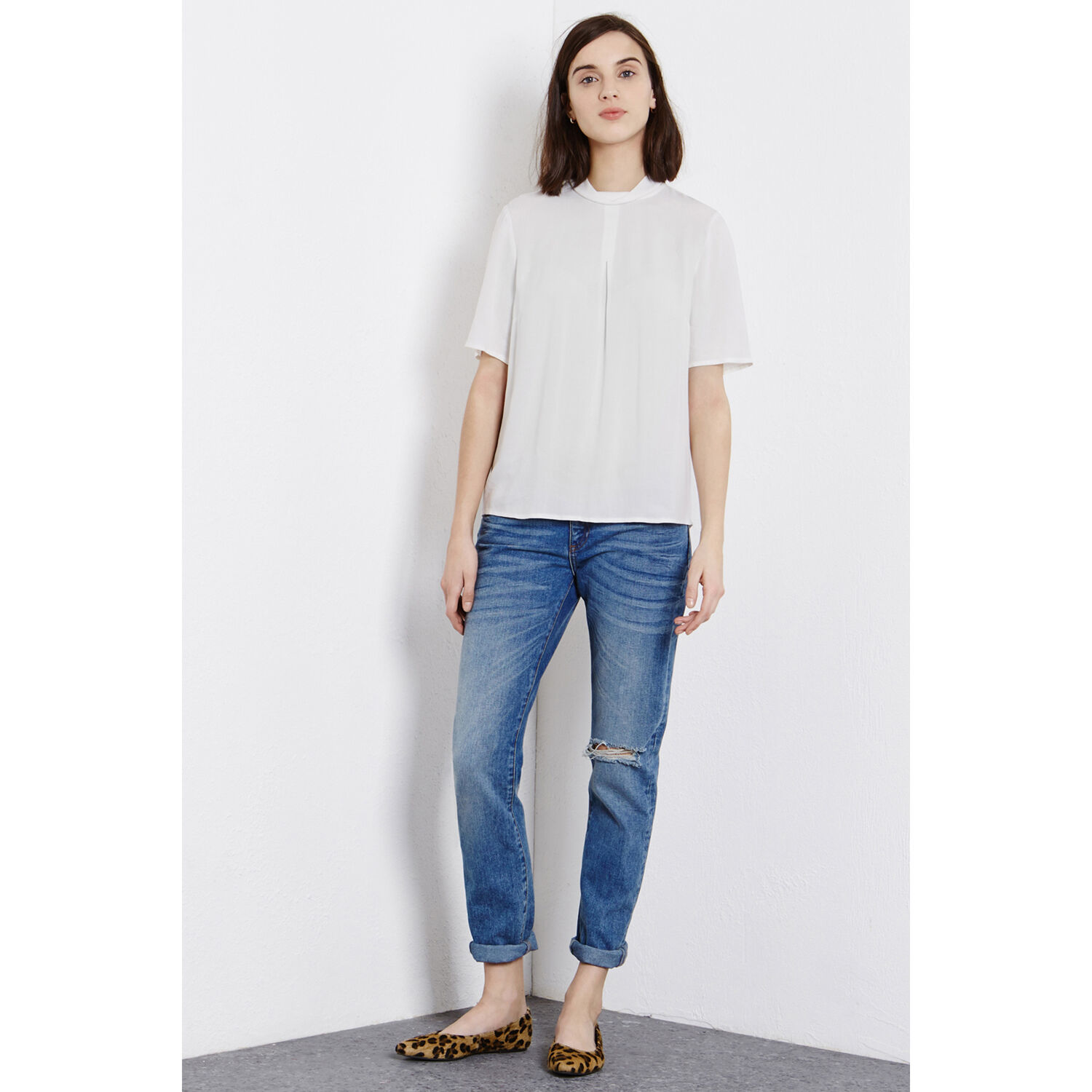 Warehouse, Crepe Roll Neck Top White 1