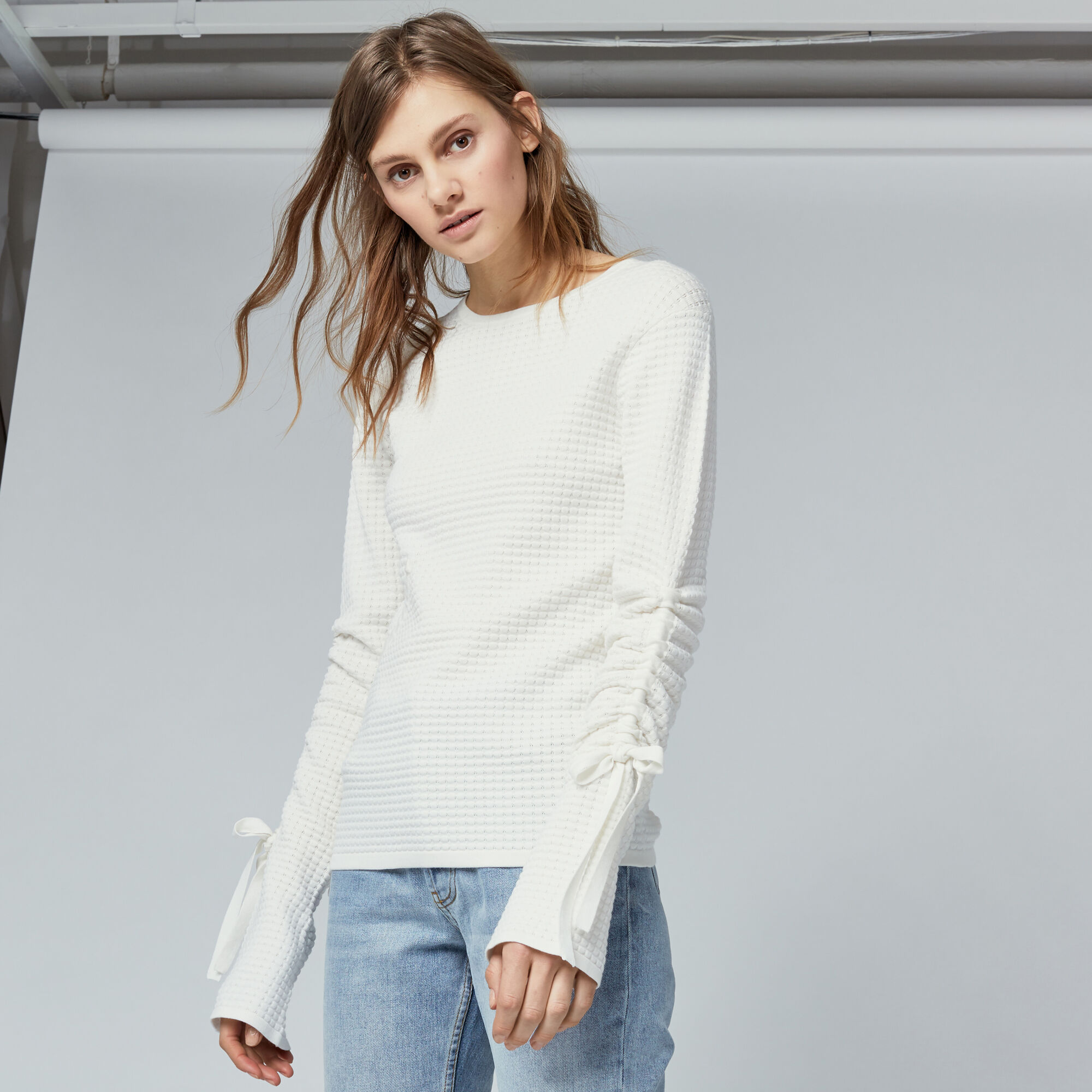 Warehouse, TEXTURED DRAWSTRING JUMPER Cream 1