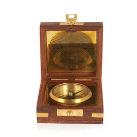 Home Decor - Compass in a Wooden Box