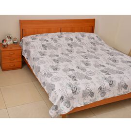100% Cotton White and Grey Colour Shells and Corals Pattern Reversible Quilt (Size 240x240 Cm)