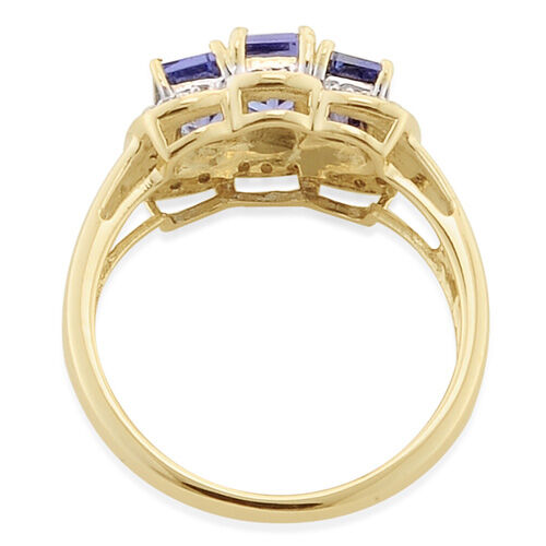 Tanzanite (1.65 Ct) and Diamond 9K Y Gold Ring  1.750 Ct.