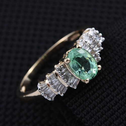 9K Y Gold Boyaca Colombian Emerald (Ovl 0.70 Ct), Diamond Ring 0.900 Ct.