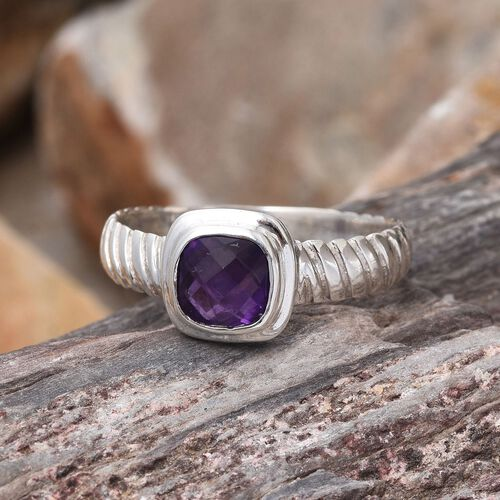 Amethyst (Cush) Solitaire Ring in Sterling Silver 1.280 Ct.