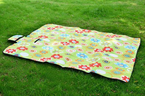 EXTRA LARGE Green, Red and Multi Colour Floral Pattern Colour Picnic Blanket (Size 195X140 Cm)