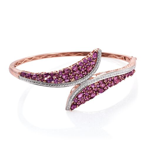 Rare Mozambique Grape Colour Garnet (Rnd) Bangle (Size 7.5) in Rose Gold Overlay Sterling Silver 7.000 Ct.Silver Wt 21.00 Gms