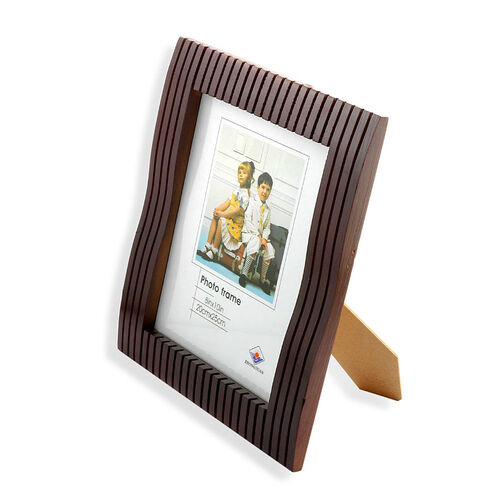 Mahogany Linear Effect Photo Frame (Size 20x25 Cm)