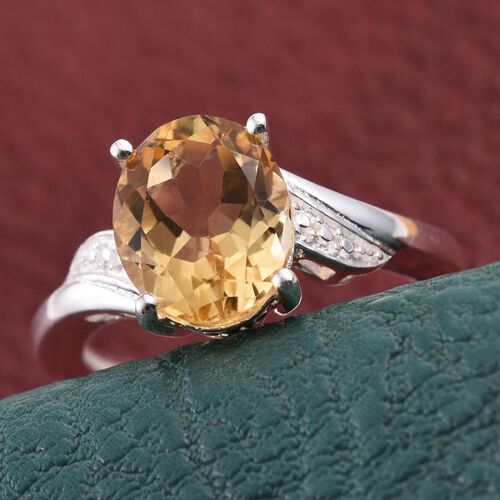 Citrine (Ovl) Solitaire Ring in Sterling Silver 2.500 Ct.