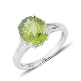 Hebei Peridot (Ovl) Solitaire Ring in Platinum Overlay Sterling Silver 3.500 Ct.