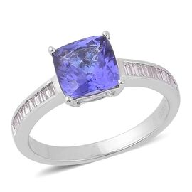 ILIANA 18K White Gold 2.50 Carat AAA Tanzanite Cushion Solitaire Ring with Diamond Si G-H.