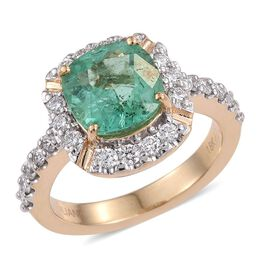 ILIANA 18K Yellow Gold 3.51 Carat Boyaca Colombian Emerald Cushion Ring, Diamond SI G-H.
