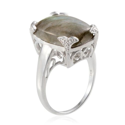 Labradorite (Cush) Solitaire Ring in Platinum Overlay Sterling Silver 15.000 Ct.