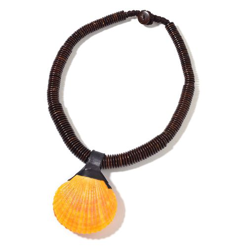 Hand Crafted Orange Resin Shell Necklace (Size 18) 331.000 Ct.