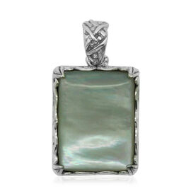 Royal Bali Collection Mother of Pearl (Cush) Solitaire Pendant in Sterling Silver