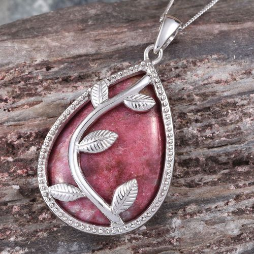Norwegian Thulite (Pear) Pendant With Chain in Platinum Overlay Sterling Silver 25.000 Ct.