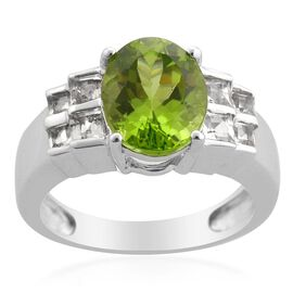 Hebei Peridot (Ovl 2.50 Ct) White Topaz Ring in Platinum Overlay Sterling Silver  3.250 Ct.