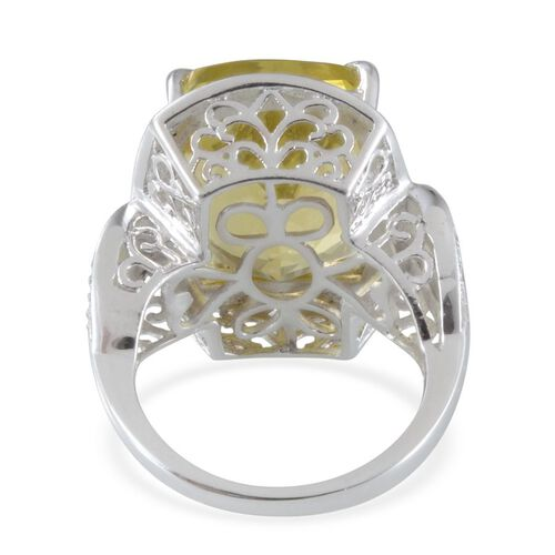 Brazilian Green Gold Quartz (Cush 18.00 Ct), Diamond Ring in Platinum Overlay Sterling Silver 18.030 Ct.