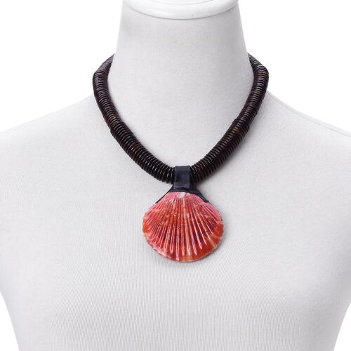 Hand Crafted Red Shell Pearl Necklace (Size 18) 332.000 Ct.