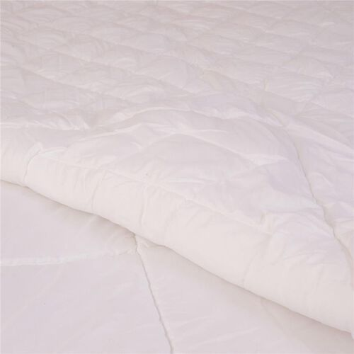 (Option 2) White Colour 4 Season Quilt (Size 200x200 Cm)