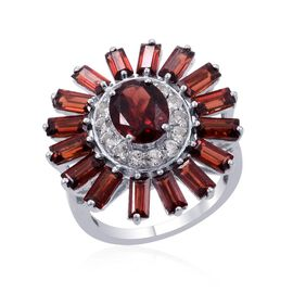 Mozambique Garnet (Ovl 1.75 Ct), White Topaz Ring in Platinum Overlay Sterling Silver 6.500 Ct.
