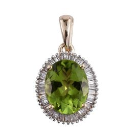 9K Y Gold AAA Hebei Peridot (Ovl 2.85 Ct), Diamond Pendant 3.000 Ct.