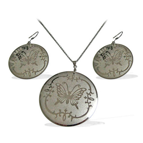 Silver Tone 2 Pcs Earring and Pendant With Chain Set