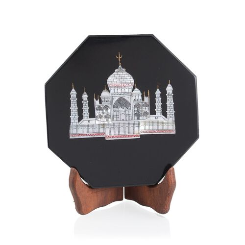 Handcarvd Tajmahal on Black Soap Stone with a Stand- Octagon