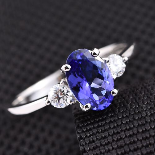 RHAPSODY 950 Platinum 1.50 Carat AAAA Tanzanite Oval Ring, Diamond VS E-F.