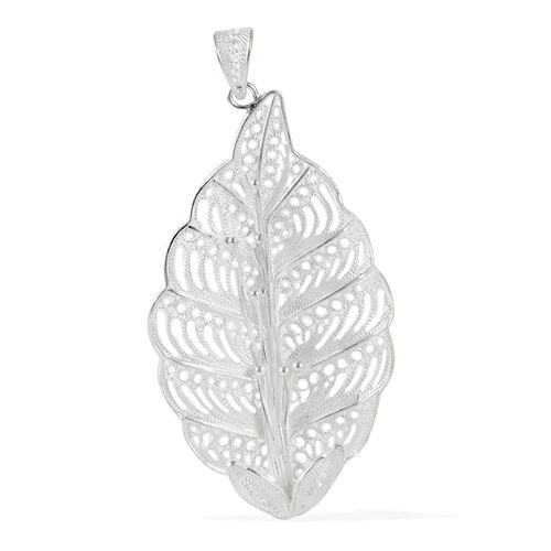 Royal Bali Collection Sterling Silver Leaf Pendant, Silver wt 5.53 Gms.