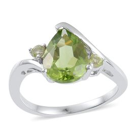 AA Hebei Peridot (Pear 3.00 Ct) Ring in Platinum Overlay Sterling Silver 3.150 Ct.