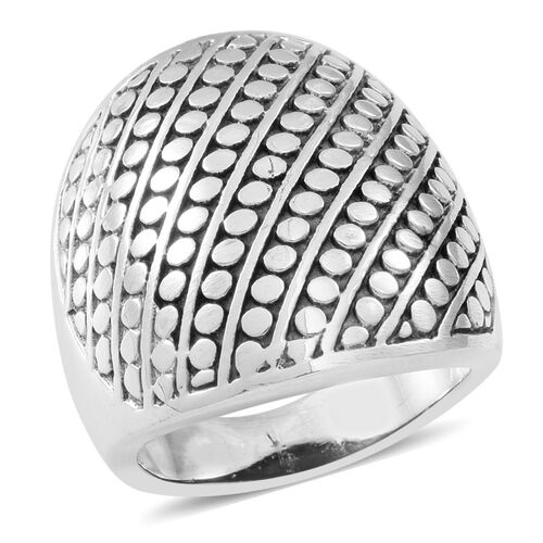 Thai Sterling Silver Ring, Silver wt 10.69 Gms.
