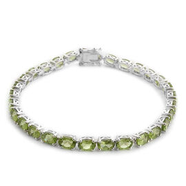 AA Hebei Peridot (Ovl) Bracelet in Platinum Overlay Sterling Silver (Size 7.5) 14.750 Ct.