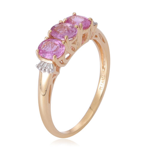 ILIANA 18K Yellow Gold 1.50 Carat Pink Sapphire Oval, Diamond SI G-H Trilogy Ring.