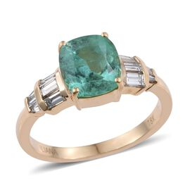 ILIANA 18K Yellow Gold Boyaca Colombian Emerald (Cush 2.35 Ct), Diamond (SI/G-H) Ring 3.000 Ct.