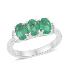 ILIANA 18K White Gold 1.25 Carat Boyaca Colombian Emerald Oval Trilogy Ring, Diamond SI G-H.