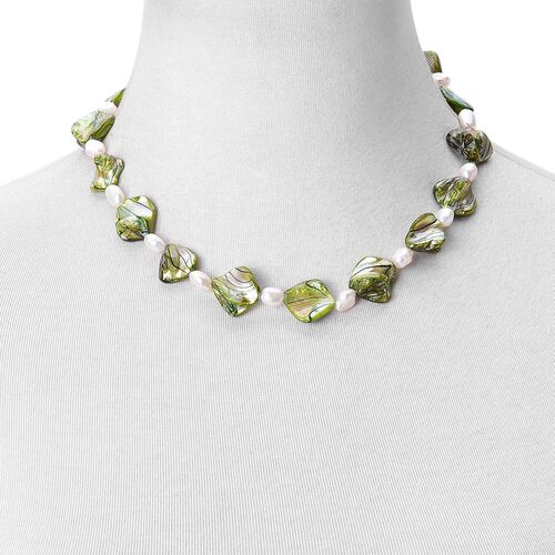 Green Shell Pearl and Fresh Water White Pearl Necklace (Size 18) and Hook Earrings in Silver Tone