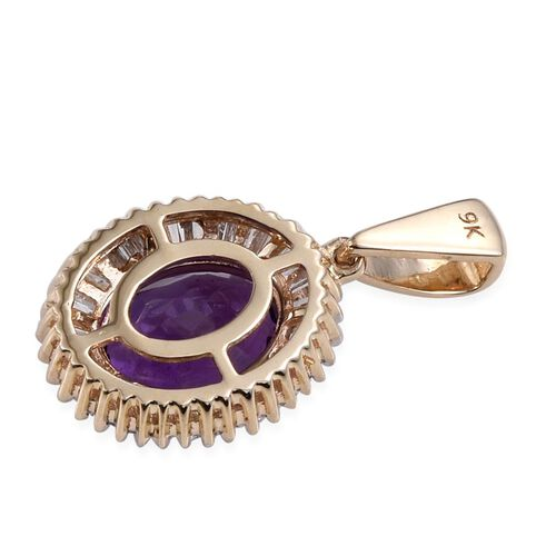 9K Y Gold Zambian Amethyst (Ovl 2.50 Ct), Diamond Pendant 3.000 Ct.