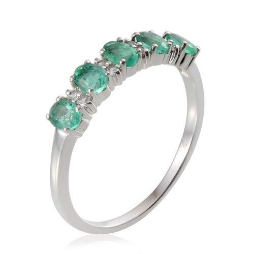 9K W Gold Boyaca Colombian Emerald (Ovl), White Sapphire Ring 0.900 Ct.