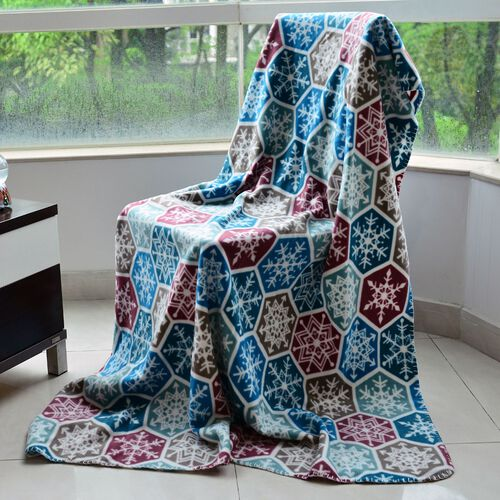 Superfine Printed Fleece Blanket (Size 200x150 Cm) Green, Blue and Multi Colour Snowflakes Design