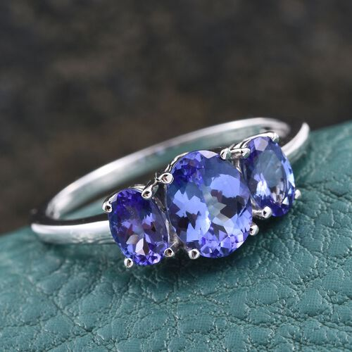 14K W Gold AA Tanzanite (Ovl 1.10 Ct) 3 Stone Ring 2.000 Ct.
