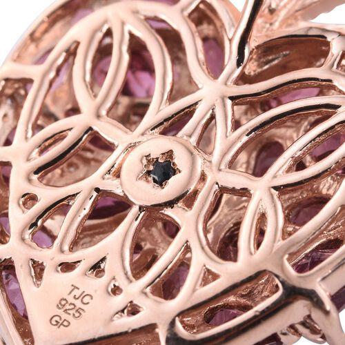 GP Rhodolite Garnet (Ovl), White Topaz and Kanchanaburi Blue Sapphire Pendant in Rose Gold Overlay Sterling Silver 10.000 Ct.