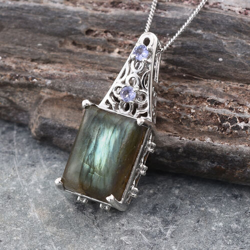 Stefy Labradorite (Bgt 9.05 Ct), Tanzanite, Pink Sapphire and White Topaz Pendant With Chain in Platinum Overlay Sterling Silver 9.250 Ct.