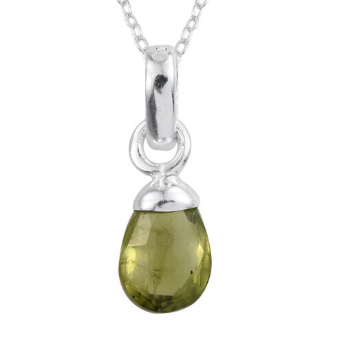 AA Hebei Peridot Pendant With Chain in Sterling Silver 1.490 Ct.